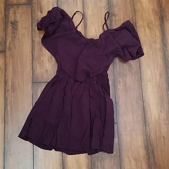 b2f919ddda67 Express Dresses   Skirts - Express Off Shoulder Dress